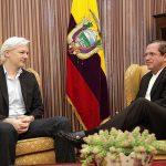 Reunión_con_Julian_Assange_-_9060714006